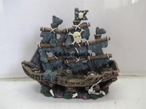 """Пластиковая декорация для аквариума - """"Затонувший пиратский корабль малый"""" 210x85x185мм"""